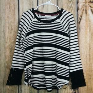 Mystree black white stripped sweater medium